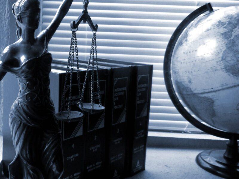 ¿Por qué estudiar derecho?