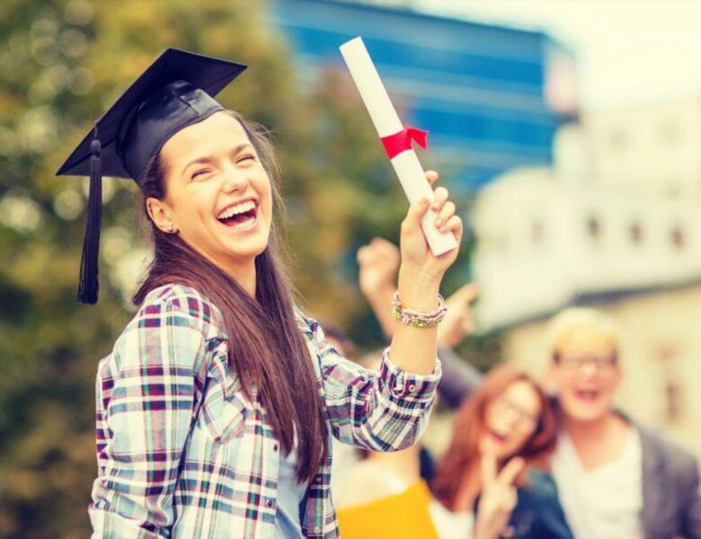 ¿Vale realmente la pena estudiar una carrera universitaria?